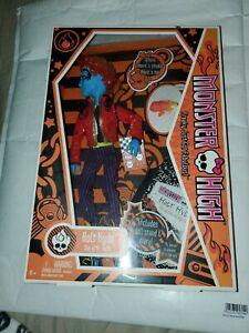 Holt Hyde 2010 1st Wave MONSTER HIGH Mattel NIB Boy Doll NEW son of Mr. Hyde