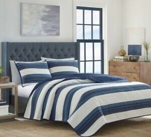 Nautica Twin Size Quilt ~ Briars ~ Navy and White Stripe ~ 68X88""