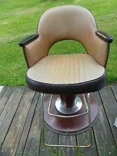 Vintage Belmont Takara Barber Chair Hydraulic     hair beauty salon chair