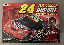JEFF GORDON Revell NASCAR Model Kit Dupont #24  2005 Monte Carlo
