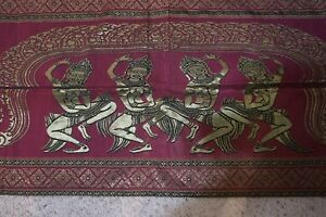 India-style table runner
