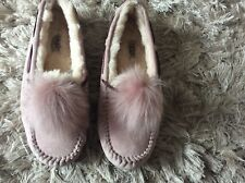 Ugg Slippers Size 7.5 Pink