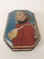 VINTAGE MID CENTURY YOUNG GIRL SOVEREIGN ENGLISH CONFECTIONERY TIN BOX WITH LID