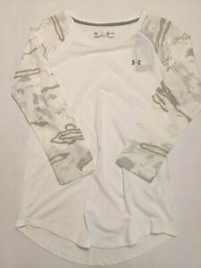 Under Armour New Utility Camo 3/4 Length Sleeve T-Shirt Women's Small