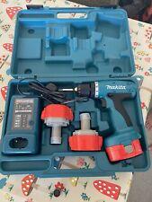 MAKITA 14.4 voltios taladro inalámbrico con 3 baterías en caso