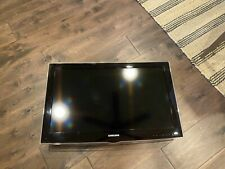 Samsung TVLN32D450 - with remote and power cord, no stand.
