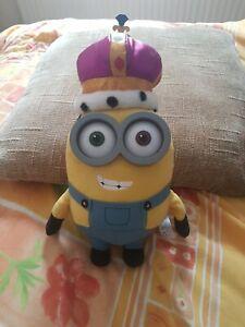 Minions Movie King Bob Minions Soft Toy Plush with crown