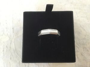 PRE-OWNED THOMAS SABO MENS STERLING SILVER RING SIZE 62 W/GIFT BOX  & BAG