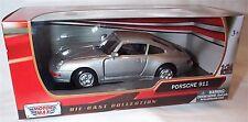 Porsche 911 in Silver Motor Max 1-24 Scale Model New in box