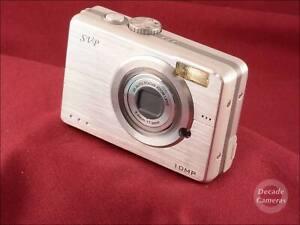 SVP 10MP 3x Zoom Digital Camera AA Batteries - 9995