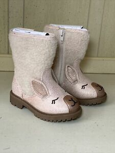 Toddler Girls beige Sheep Boots Size 6