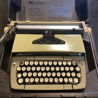 1976 Smith-Corona Galaxie Twelve Manual Typewriter with Case Working Condition