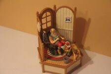 ENESCO WISH MERRY CHRISTMAS XMAS MACAO MUSICAL ANIMATION BOX DECOR WIND UP