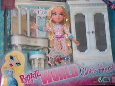 "BRATZ   WORLD "" CLOE'S  HOUSE ""  with  CLOE ."