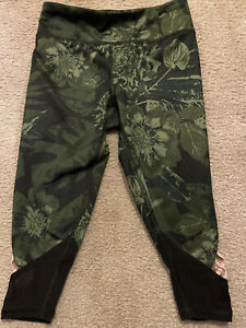 Girls Old Navy Active Go-Dry Size XS 5 Army Green Floral Leggings Activewear Net