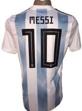 10 camisetas de fútbol en blanco