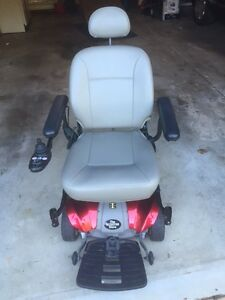 Electric Wheelchair Hoover Around - Standard Adult