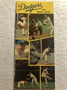 1974 LOS ANGELES DODGERS Media Guide Don SUTTON Steve GARVEY Walt ALSTON John