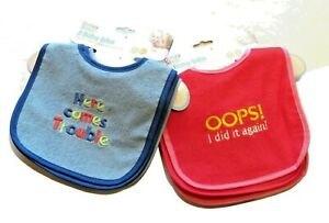Set of 3 Bibs with Embroidery