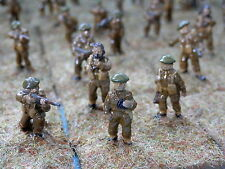 20MM WWII BRITISH ARMY- INFANTRY- 82 X   PAINTED METAL MODELS