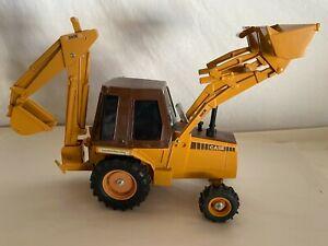 Ertl Case 580E  Construction King Backhoe Loader