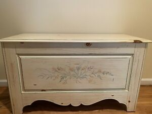 Ethan Allen French Country Blanket Chest