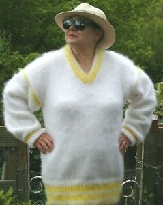 SUSAN'S HANDKNITTED HANDMADE MOHAIR WHITE / YELLOW V-NECK SWEATER - 2XL