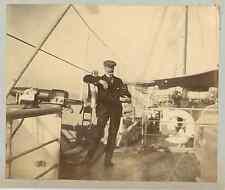 Scène sur un pont de navire  Vintage albumen print.  Tirage albuminé  9x12