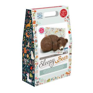 THE CRAFTY KIT COMPANY - SLEEPY BROWN BEAR CUB -  NEEDLE FELTING KIT