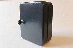 Metall Schlüsselkasten mit 20 Schlüsselhaken, Schloß mit 2 Schlüsseln