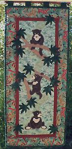 Sun Bears wall hanging pattern by Teddlywinks
