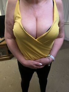 Ladies Yellow Low Cut Top.Size 14.New.