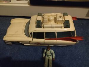 Vintage The Real Ghostbusters ECTO-1 Vehicle Car 1984 with Action Figure Bundle