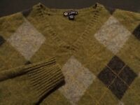 J. Crew Mens XL Long Sleeve Multcolor Argyle Plaid 100% Wool V-Neck Sweater