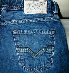 *HOT AUTHENTIC Men's DIESEL @ LARKEE 0RS4B STRAIGHT LEG DARK Denim Jeans 32 x 31