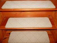 13  Step 9'' x 30.1/2'' Landing 28'' x 30'' Tufted carpet Wool Woven StairTreads