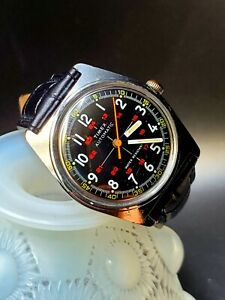 Vintage 1970's TIMEX CROSSHAIRS MILITARY AUTOMATIC Men's Watch Serviced!