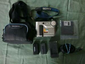 Sony Mavica Digital Still Camera Model # MVC-FD71 With Extra Battery & Case