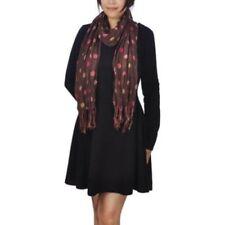 Gepunktete Damen-Schals gepunktete