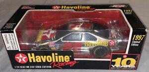 Racing Champions 1997 Ernie Irvan Havoline Texaco Die-Cast 1/24 Scale Car Bank