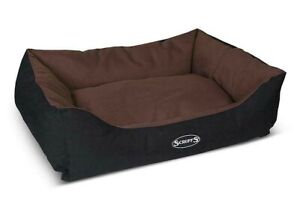 SCRUFFS EXPEDITION Dog Bed Box Chocolate Small 50x40cm