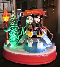 2016 Disney Mickey & Minnie Musical Animated Illuminated Christmas Figurine *EUC