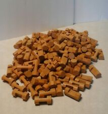 LINCOLN LOGS LOT