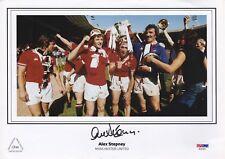 ALEX STEPNEY ENGLAND & MANCHESTER UTD GOALKEEPER SIGN 1977 FA CUP WIN L.E. PHOTO