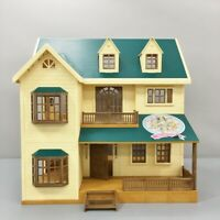 EPOCH Sylvanian Families House in The Green Hills Calico Critters w/damaged box