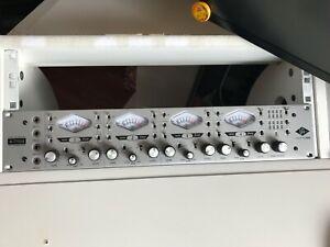 Universal Audio 4-710d 4 Kanal Mikrofon/Line Vorverstärker