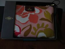 New Womens Fossil Brand Wristlet Pink Floral Color NWT $35