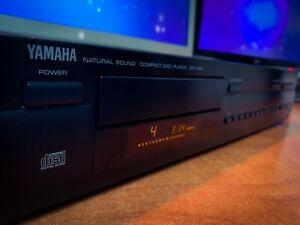 YAMAHA CDX-480 Vintage Stereo CD Player Deck