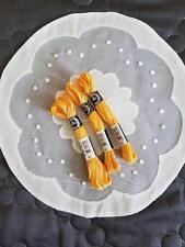 mercerie ancienne 3 échevettes  coton à broder  special  n° 25 DMC  jaune ombré