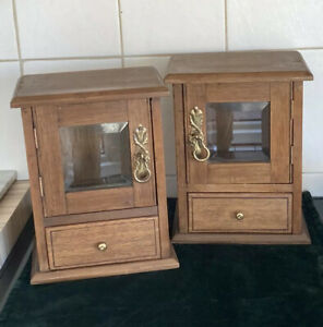 Pair of Antique 20th Century small size cabinet with beveled glass
